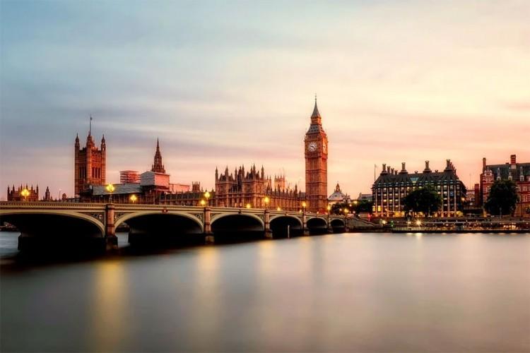 London i zvanično izvan evropskog bloka