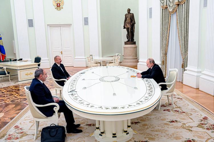 Putin: Trilateralna grupa će se baviti ekonomskim vezama u N.Karabahu