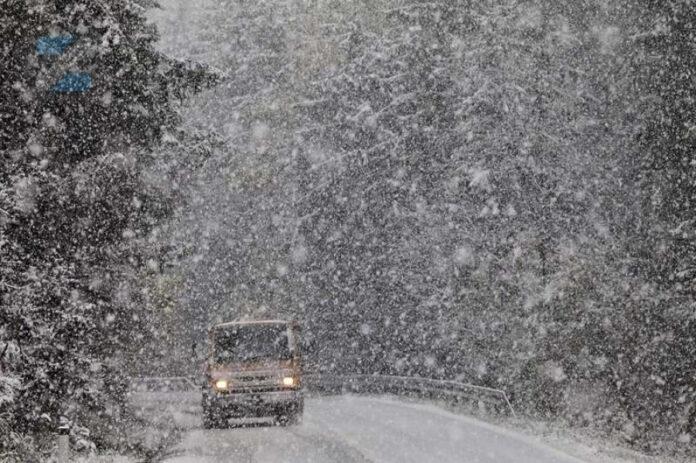 Usporen saobraćaj zbog novih snježnih padavina