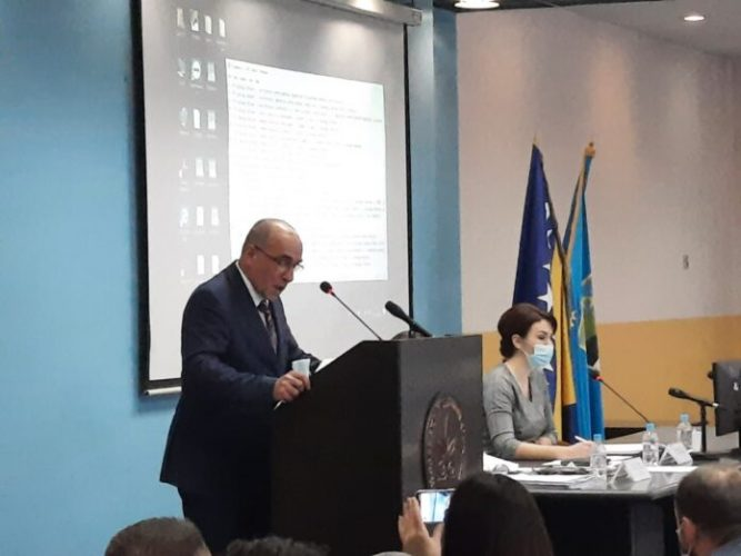 Premijer Tulumović podnio neopozivu ostavku