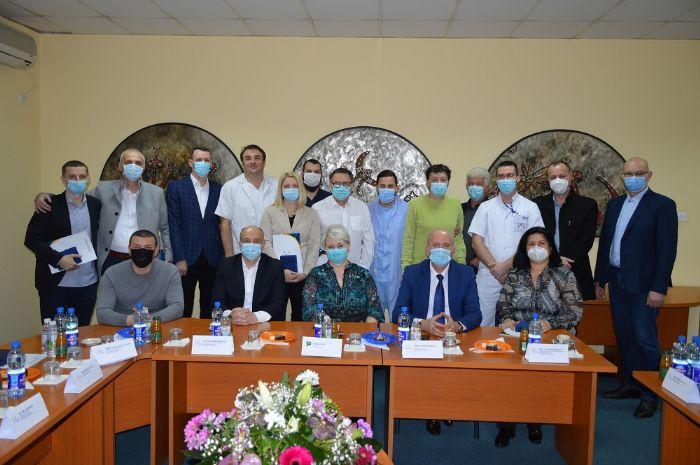 UKC Tuzla dodijelio nagrade i priznanja za izuzetno zalaganje u suzbijanje i liječenju infekcije COVID-19