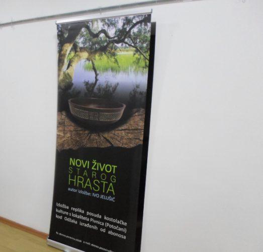 """Otvorena izložba """"Novi život starog hrasta"""" autora Ive Jelušića"""