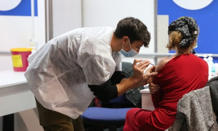 Ruski naučnik savjetuje šta treba izbjegavati nakon vakcinacije