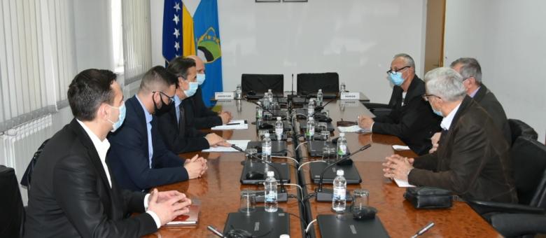 Premijer Hodžić upriličio prijem za predstavnike Saveza penzionera