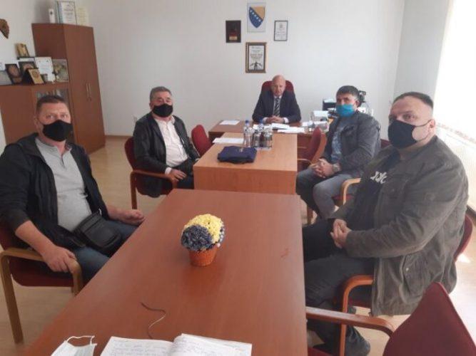 Savez udruženja gluhih i negluhih TK upoznao Vladu sa problemom nepostojanja Zakona o znakovnom jeziku