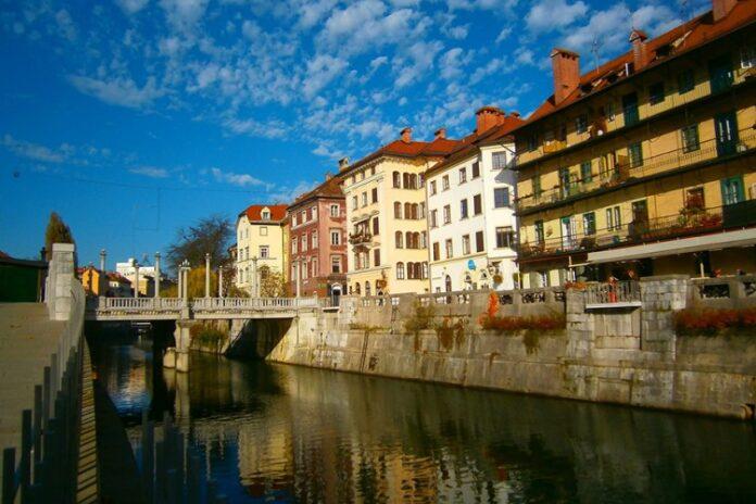 Slovenija pred potpunim otvaranjem, rekordno nizak postotak pozitivnih