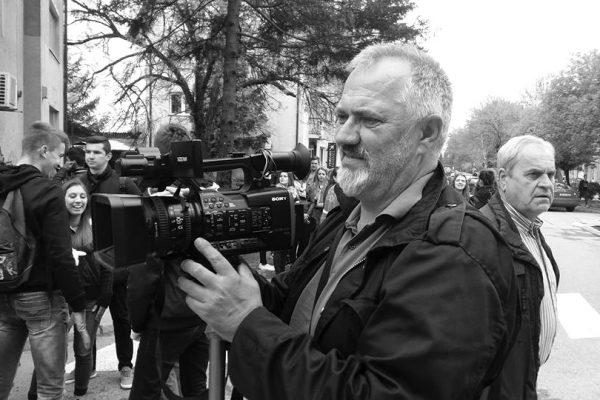 U 61. godini života preminuo dugogodišnji snimatelj RTV TK Emir Smajić