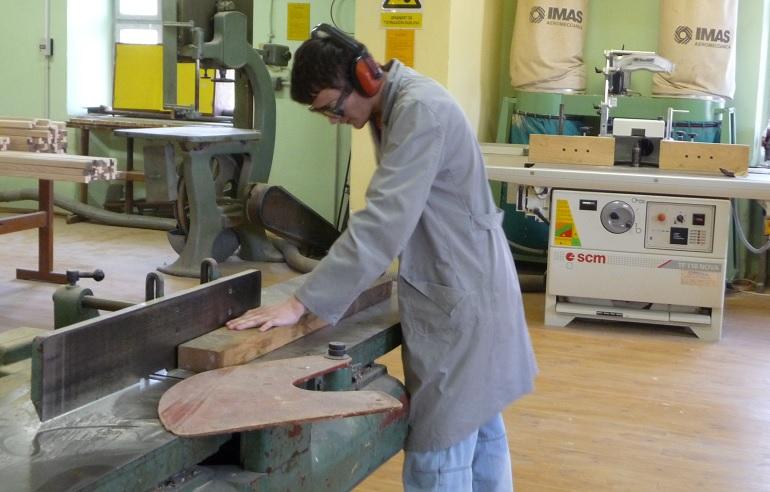 Tuzlanski kanton: Za stipendije učenicima deficitarnih zanimanja 100.000 KM